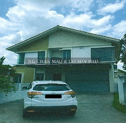 [Freehold] 2.5 Storey Bungalow House with a swimming pool