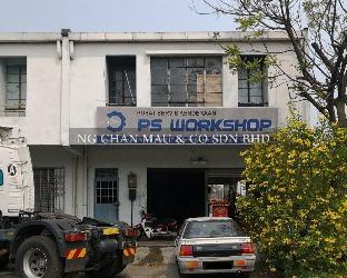 1.5 Storey Terrace Factory, End Lot [Easily accessible via Selat Klang Highway]