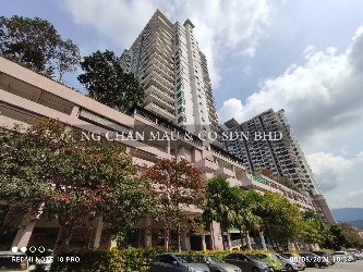 One Damansara Condominium, Corner Lot with a spacious L-shape balcony [3 mins walking distance to upon completion Damansara Damai MRT station (Expected start operation in 2021) & Surrounded by shop lots]